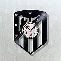 Футбольный Клуб Атлетико Мадрид Декор на стену Виниловые часы Часы в кабинет Часы футболисту Кварцевые часы