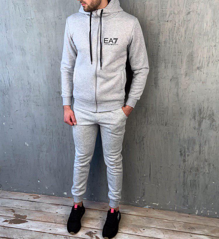 Мужской спортивный утепленный с капюшоном кофта-замок серый EA7 (копия)