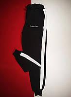 Теплые мужские штаны с лампасами Calvin Klein