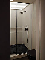 Перегородка в душ в черном профиле лофт