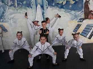 Спортивні костюми для танців