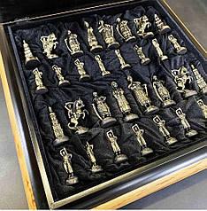 """Эксклюзивные шахматы ручной работы """"Запорожская Сечь"""". Набор шахмат из бронзы с деревянной доской."""