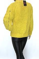 Жіночий грубої вязки светр жовтого кольору, фото 3