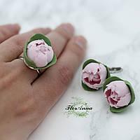 """Бижутерия ручной работы ручной работы """"Розовые пиончики"""" (серьги и кольцо с цветами)"""