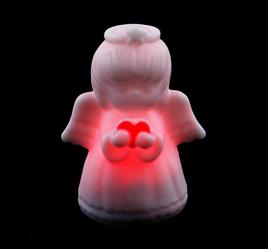 Ангел с сердцем светящийся с LED-огоньком на батарейках, 10см