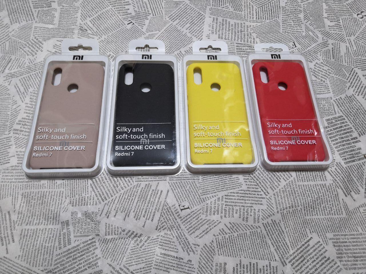 Резиновый брендовый Soft-touch чехол для Xiaomi (Ксиоми) Redmi 7