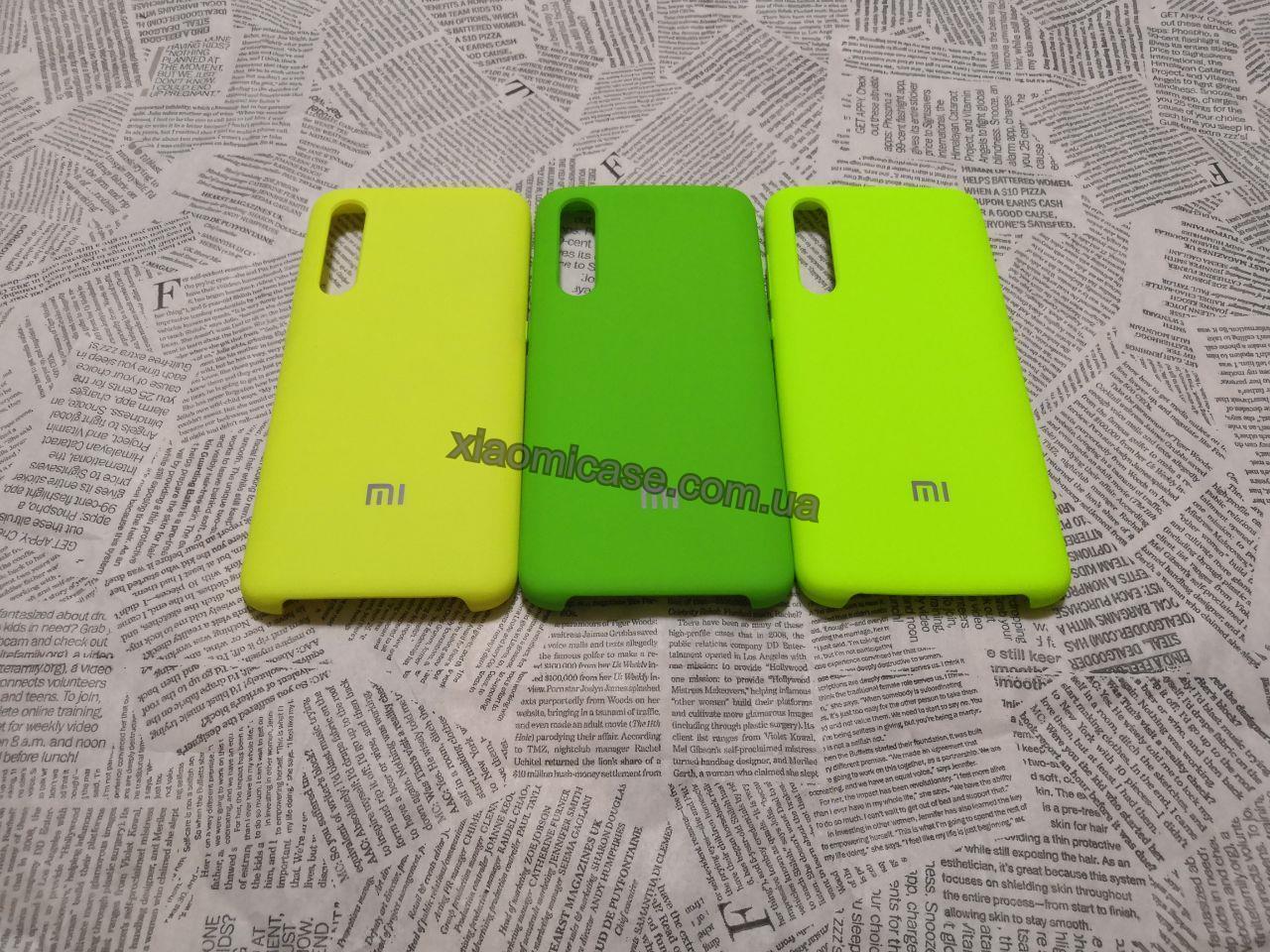 Брендовый Soft-touch чехолSilicone Cover для Xiaomi (Ксиоми) Mi 9 (Зеленый, Лайм и Ярко желтый)