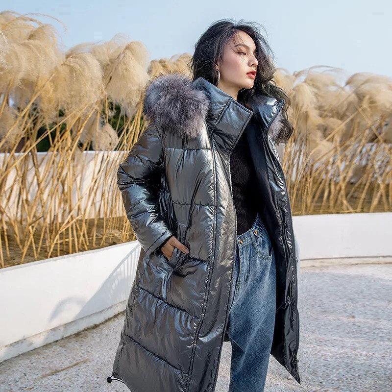 Женский удлиненный зимний пуховик, парка глянцевый серебристый