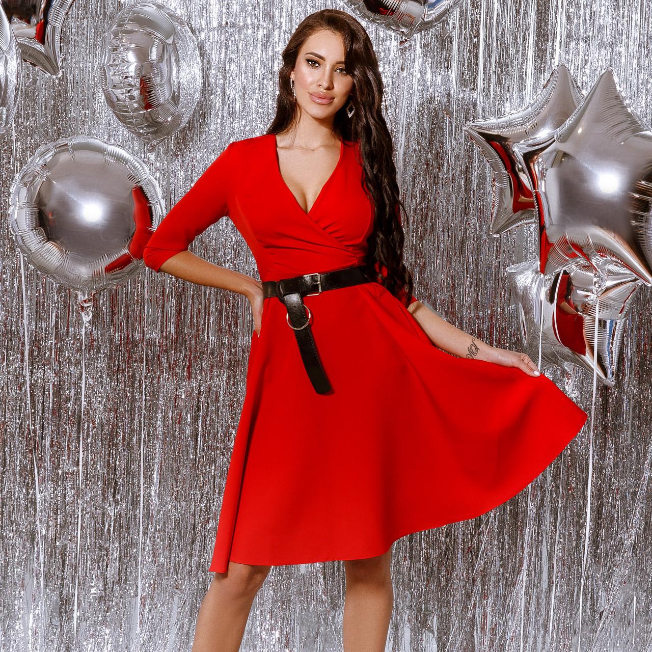 Платье женское с кожаным поясом Красный