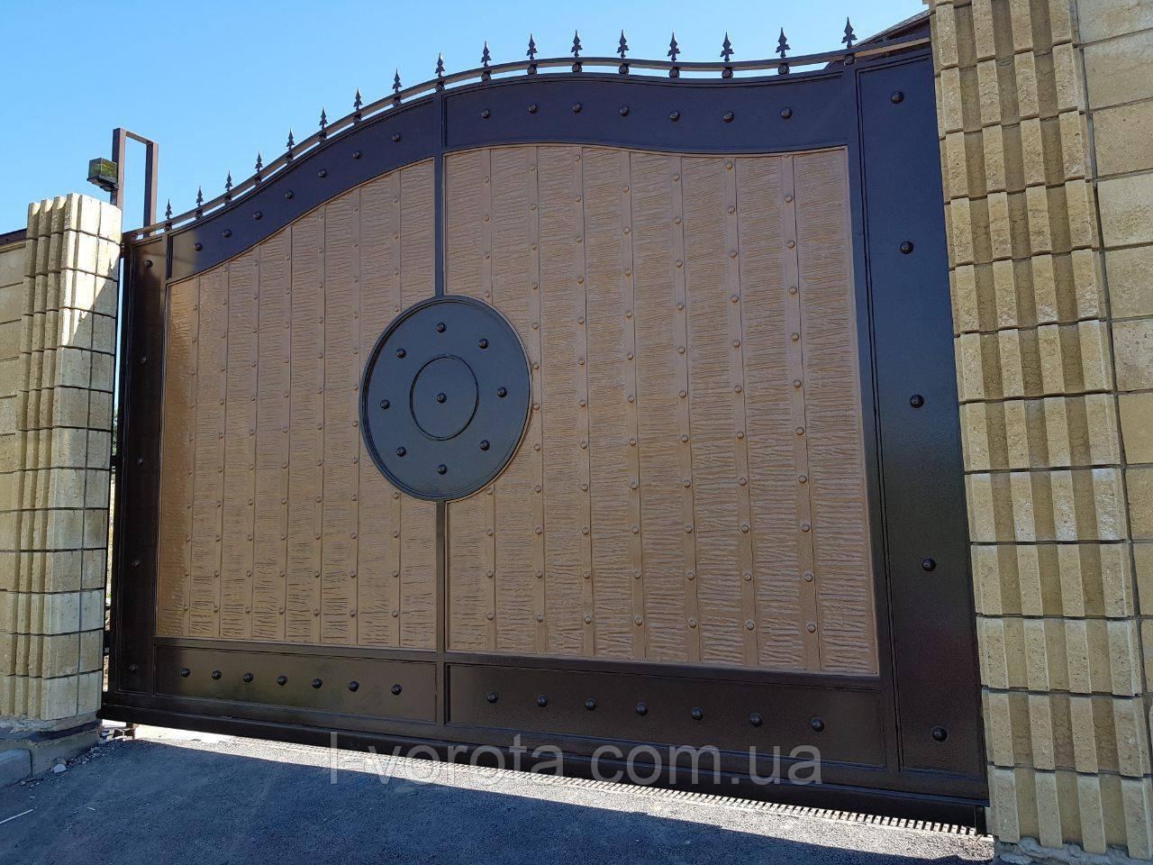 Откатные металлические ворота с рельефным декором (эффект жатки) 4000×2500