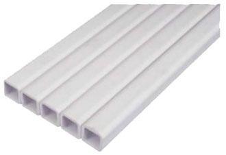 Труба пластикова квадратна 22 х 22 мм, 2,5+мм. Ціна за м/пог.