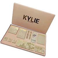 Подарочный набор для макияжа Kylie Jenner Vacation Edition