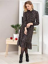Лаконичное молодежное платье в мелкий принт
