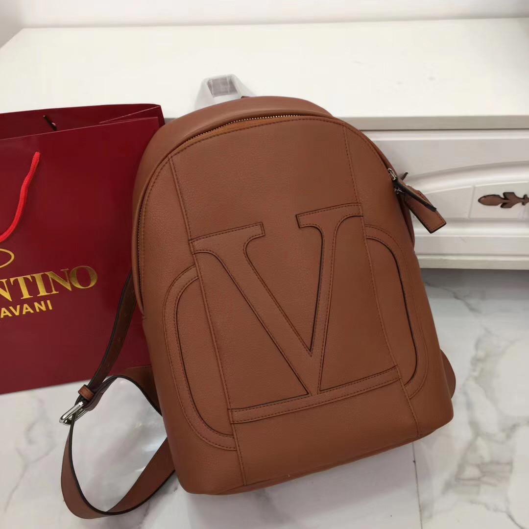 Рюкзак Валентино Garavani, кожаная реплика
