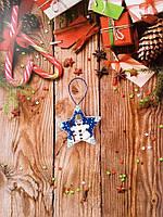 Новогодние игрушки Звезда Снеговик из бисера ручной работы