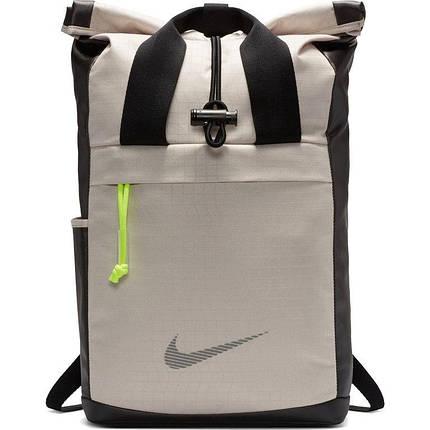 Рюкзак женский Nike Radiate Winterized Training Backpack BA6056-008 Серый (193151311375), фото 2