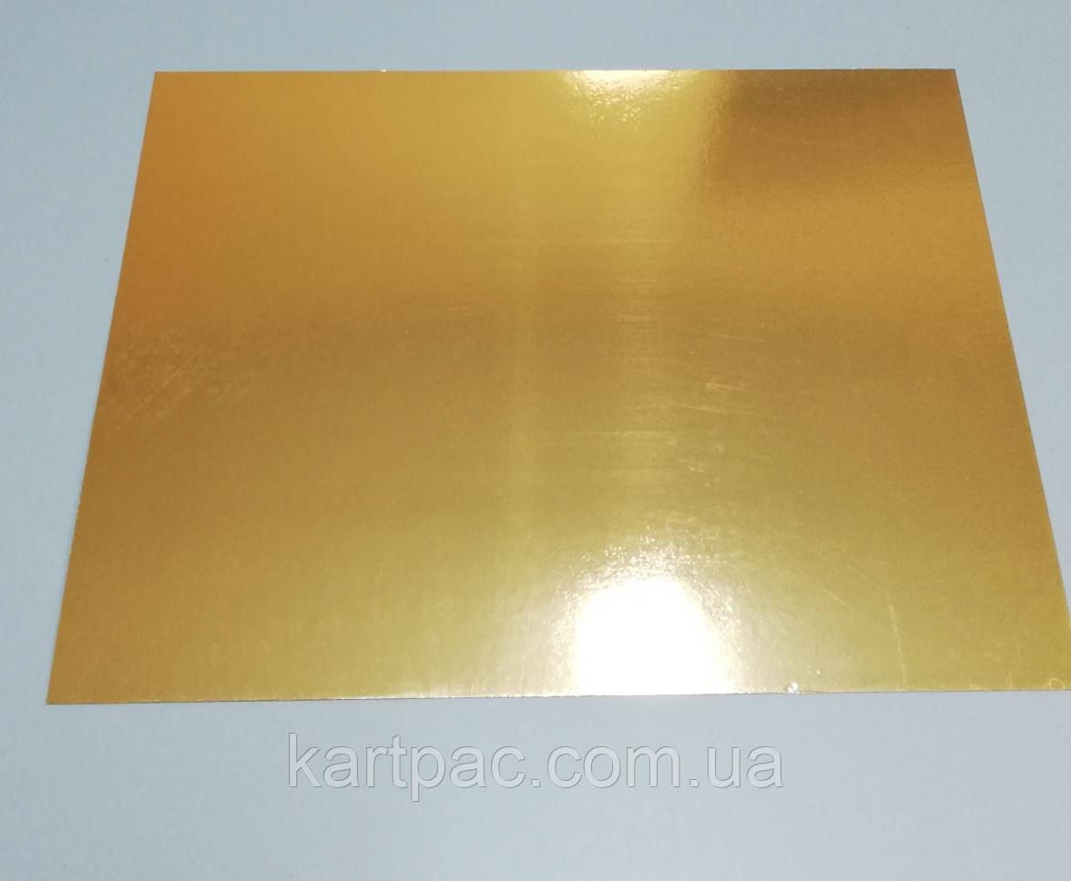 Картонна підкладка для торта 300х400 з/з