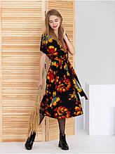 Красивое женственное платье с принтом