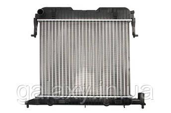Радиатор охлаждения двигателя основной OPEL Omega A 1.8 / 2.0 Опель Омега A 1986 - 1994
