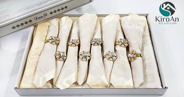 Подарочные скатерти в коробках c салфетками