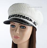 Теплая женская кепка Симона КК мерлушка сутаж белый