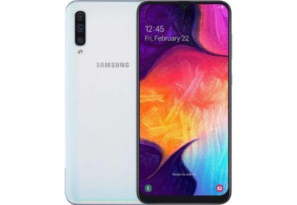 """Смартфон Samsung Galaxy A50 2019 с тройной камерой и большим экраном 6,4"""" 4/64Gb белый"""