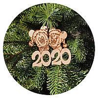 """Игрушка на елку """"Мышки символ года 2020"""" (деревянная)"""