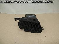 Воздуходув дефлектор в торпеде Nissan Sunny N13 (1986-1988) OE:6875667A00