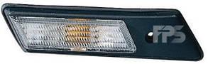 Левый указатель поворота БМВ 3 (E36) 90-96 на крыле белый без лампы / BMW 3 E36 (1990-2000)