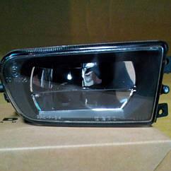 Правая фара противотуманная БМВ 5 E39 до 2000 года гладкая без лампы / BMW 5 E39 (1995-2004)