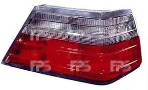 Левый задний фонарь кузов седан, красно-дымчатый, белая вставка (кпл. без патрона), без платы Мерседес 124 -96 / MERCEDES E-Class W124 (1984-1996)