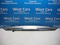 Накладка крышки багажника (панель подсветки номера) SsangYong Rodius 2004-2013 Б/У