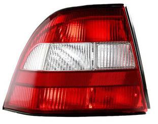Правый задний фонарь Опель Вектра B -99, кузов HB/SDN, красно-белый, без платы / OPEL VECTRA B (1995-2002)