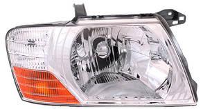 Левая фара Митсубиши Пажеро 03-07 механическая/электрическая регулировка хромированный отражатель / MITSUBISHI PAJERO WAGON III (2000-2007)