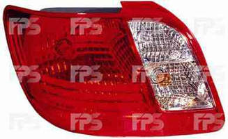 Левый задний фонарь Киа Рио -11, кузов седан, тип лампы P21/5W + PY21W + W16W / KIA RIO (2005-2011)