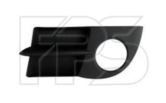 Правая решетка Рено Симбол I в бампере с отв. п/тум. / RENAULT CLIO/SYMBOL (1998-2008)