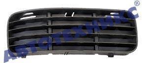 Правая решетка Вольксваген Кадди -04 в бампере без отв. п/тум. / VOLKSWAGEN CADDY (1995-2004)