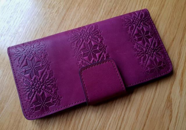 кожаный кошелек женский орнамент вышивка бордо фиолетовый марсала