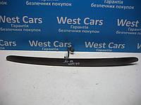 Накладка крышки багажника (панель подсветки номера) Jeep Grand Cherokee 1998-2004 Б/У