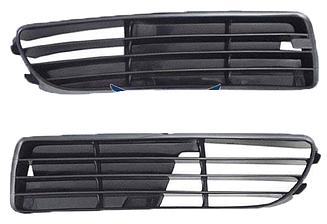 Левая решетка Ауди A4 (B5) 95-99 в бампере / AUDI A4 B5 (1995-2001)