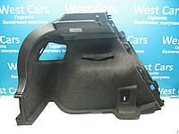 Обшивка багажника задняя левая Toyota Auris 2006-2012 Б/У