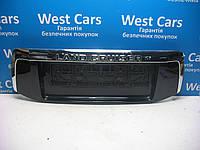 Накладка крышки багажника (панель подсветки номера) Toyota Land Cruiser Prado 150 2009-2013 Б/У