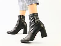 Женские демисезонные черные ботильоны на каблуке, кожа + стрейч, фото 1