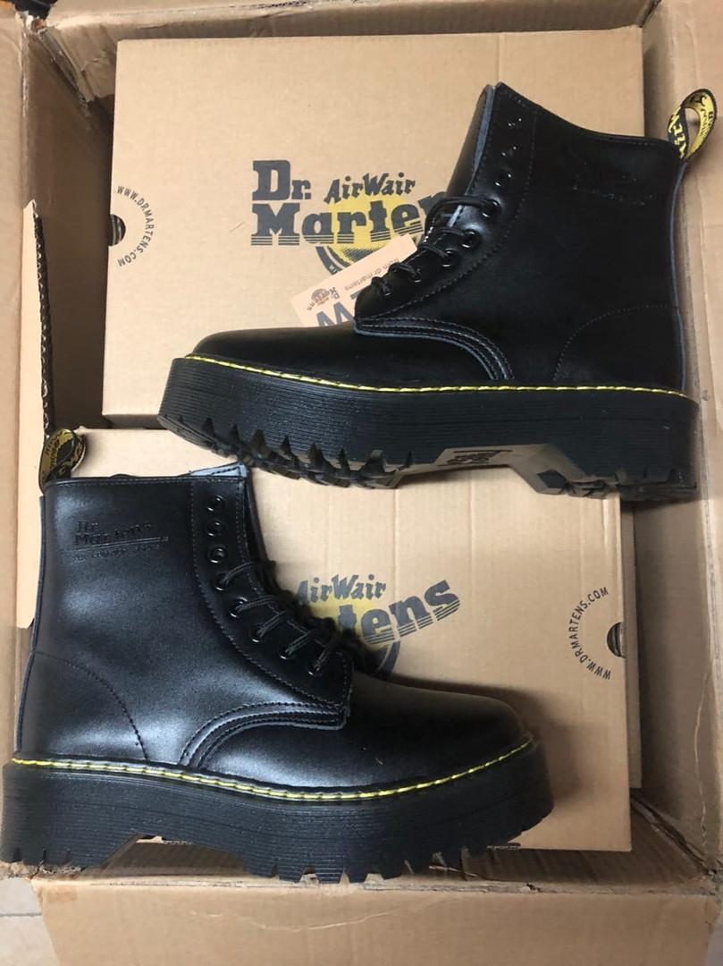 Женские зимние ботинки Dr.Martens Jadon ( FUR ) Classic (Мех)