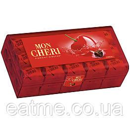 Mon Chéri Конфеты из чёрного шоколада с ликёром и цельной вишней