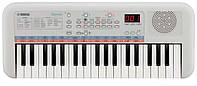 Компактный синтезатор YAMAHA PSS-E30 Remie