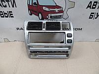 Воздуходув центральный с кнопкой аварийки Toyota Corolla (1991-1997) OE:55412-12500