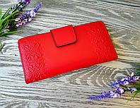 Красный кошелек из натуральной кожи ручной работы красная вишиванка (глянец)