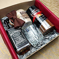 """Мужской подарочный набор - для ценителей крепких напитков """"Jack Daniel's и Demontre """""""