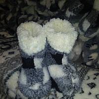 Чуні з овчини - тепле домашнє взуття на зиму